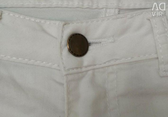 Pantaloni de blugi de vară
