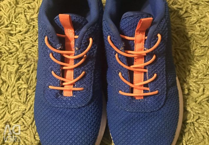 Sneakers for children, 35 r