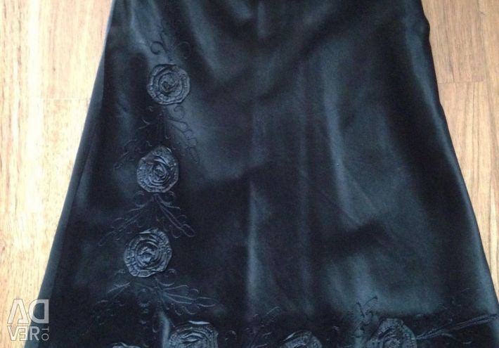 Silk skirt size 46