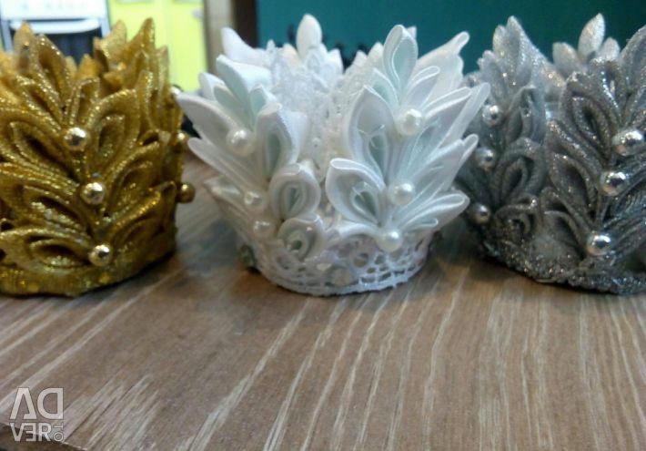 Корони