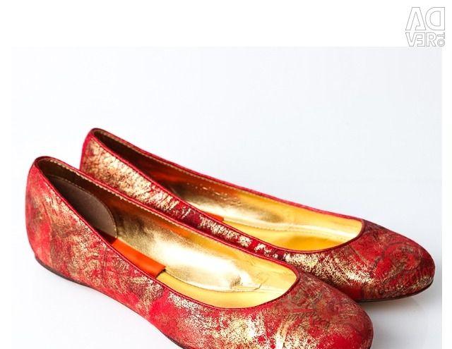 Класичні балетки від бренду Gode