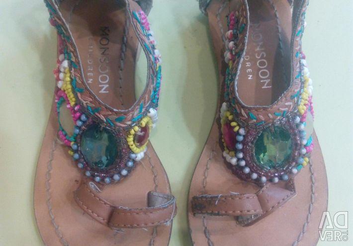 Sandals for girl