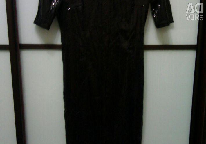 Micuță rochie neagră