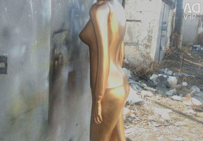 Manechine de interior pentru femei. Culoarea este de aur.