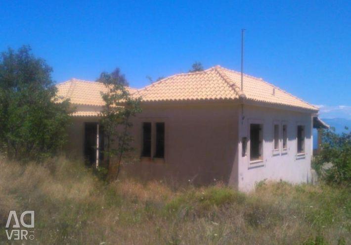 Detached house  consists  a basement of154.92sq.m.