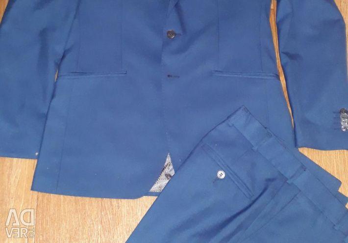 Men's suit 46-48 p.