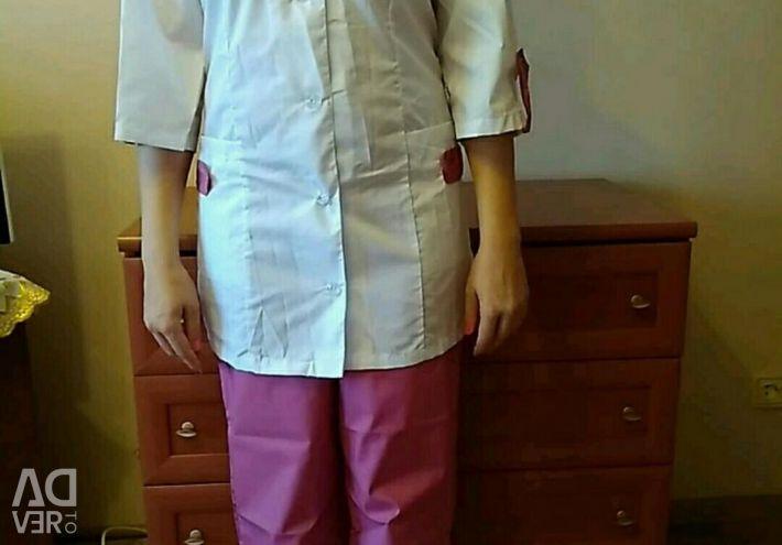 Costum medical.