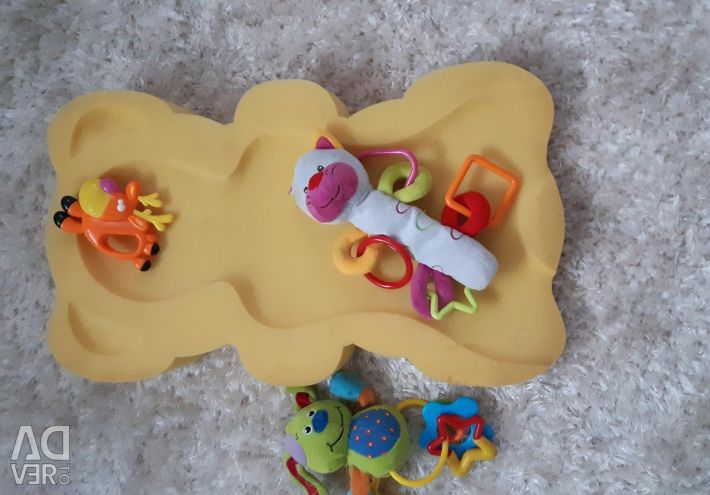 CIRCLE + mattress for swimming + toys