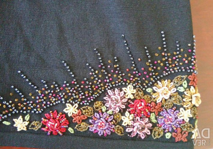 Beautiful sweater with beads