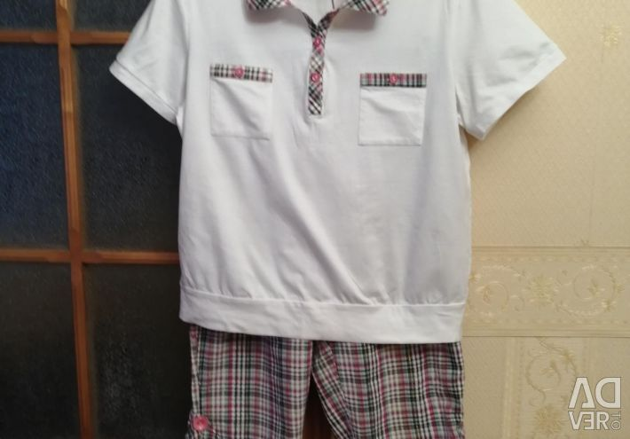 Suits with Capri for home and leisure