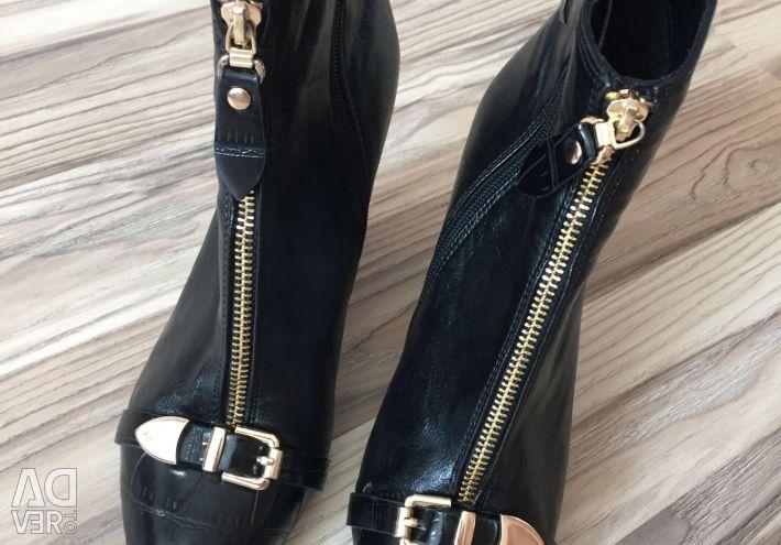 Demi boots