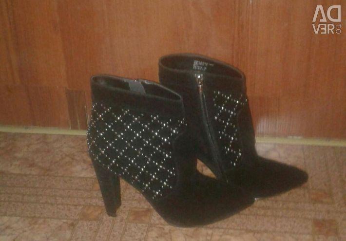 Μπότες για γυναίκες