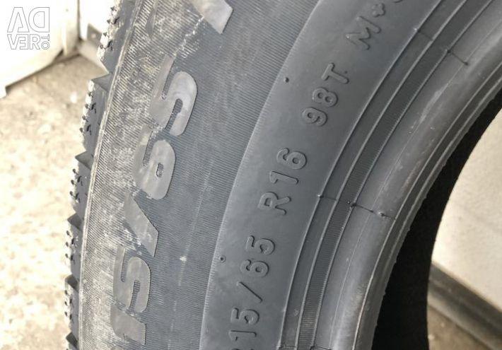Χειμερινά ελαστικά R16 215 65 Pirelli