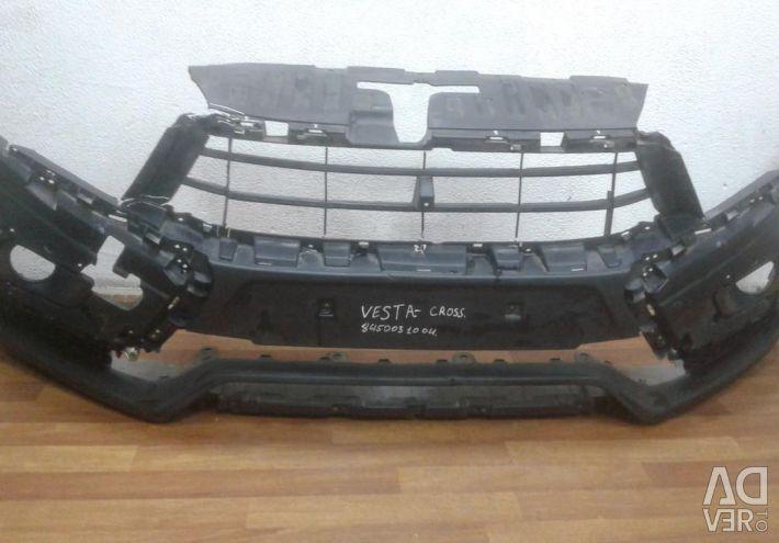 Μπροστινός προφυλακτήρας Lada Vesta Cross oem 8450031004 (ρωγμές) (skl-3)