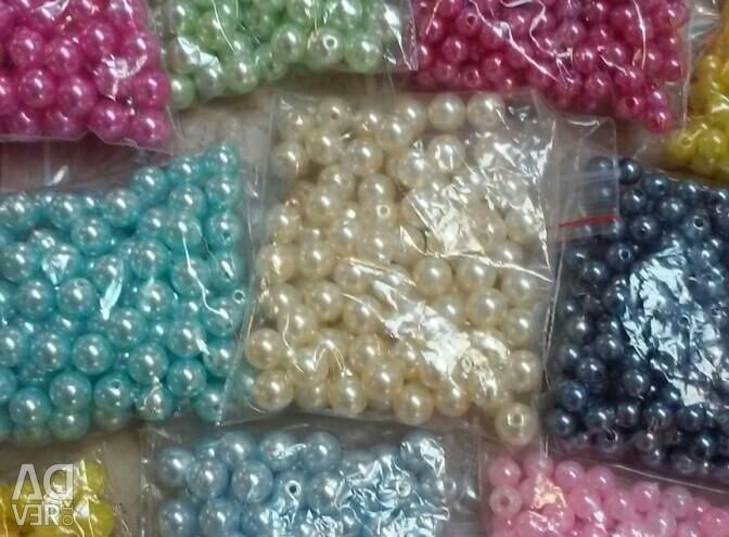 Beads and beads, fishing line