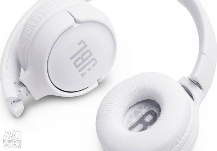 Great JBL T500BT Wireless Headphones
