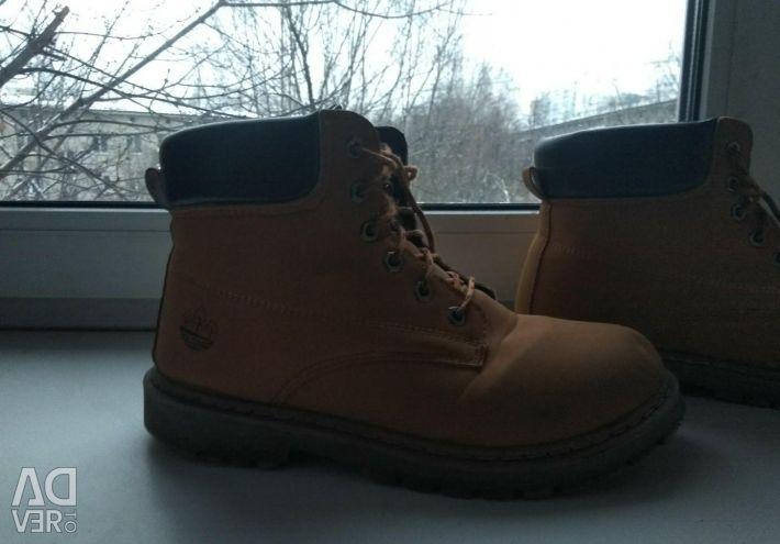 Чоловічі черевики осінні