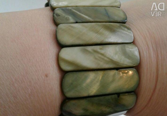 Isperlamut bracelet