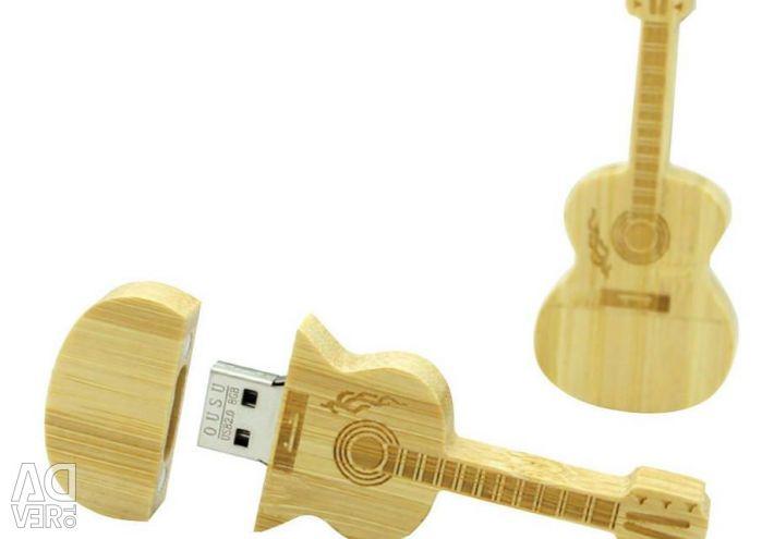 USB stick Wooden Guitar