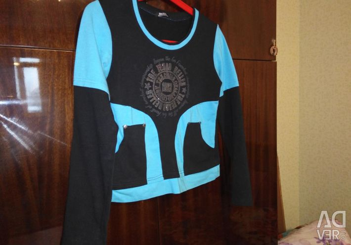 Cardigan on the girl black with blue inserts