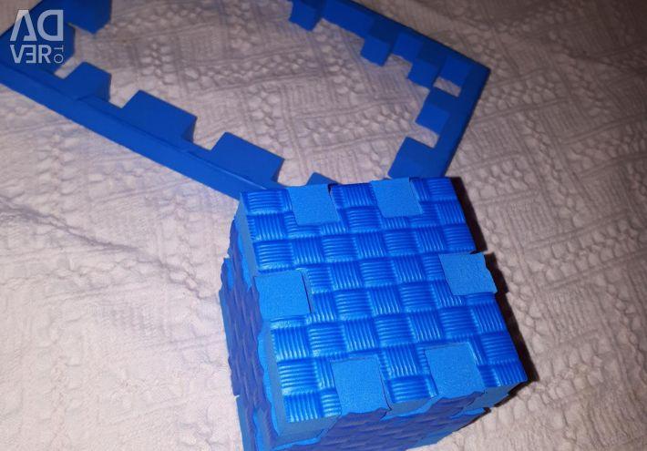 Ecopolymer precast cube