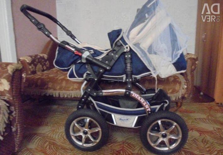Transportul bebelusului nou.