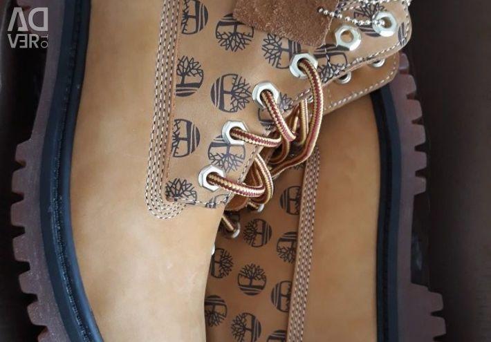 В наличии новые ботинки (Натуралка)