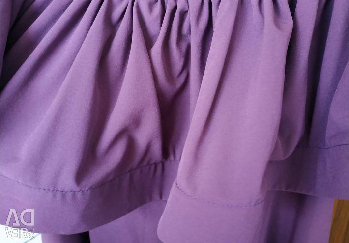 Φόρεμα με φλυαρία