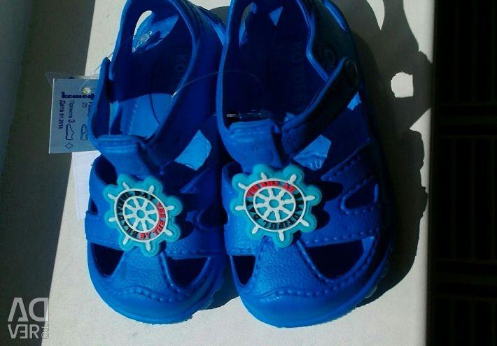 Sandale pe plaja Kotofey