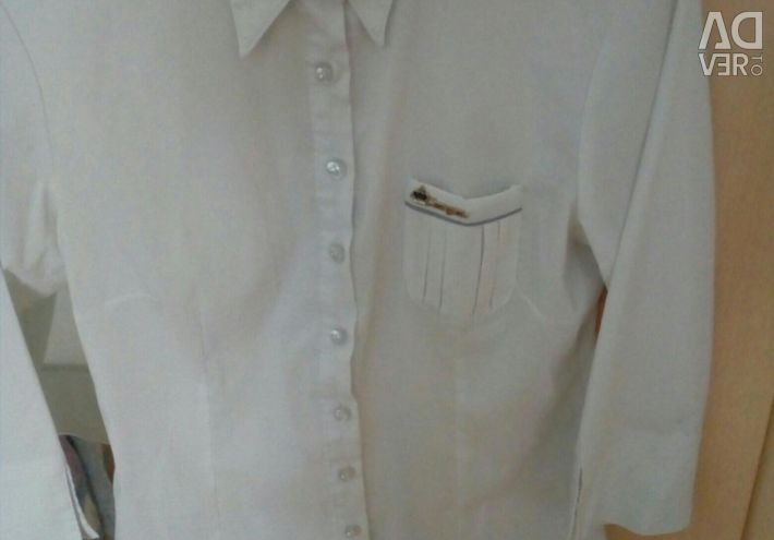 Блузка шкільна на зріст 155 - 165, розмір 44 - 46