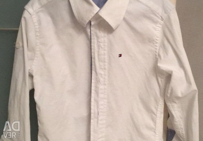 Shirt on the boy for 3 years Tommy Hilfiger