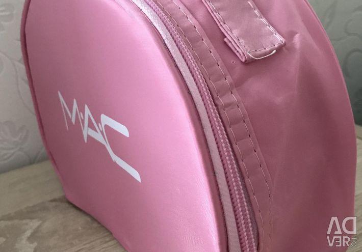 New cosmetic bag MAC