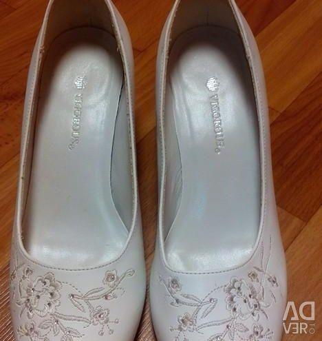 Shoes 37,5
