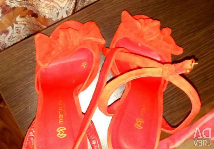 Sandals natural suede