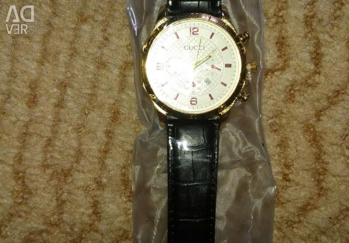 Новий годинник Gucci
