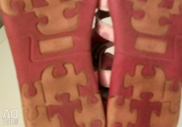 Pink sandals p.30