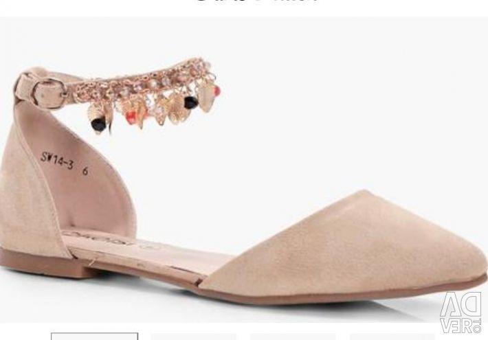 Ballet shoes England p. 38 24.5 cm