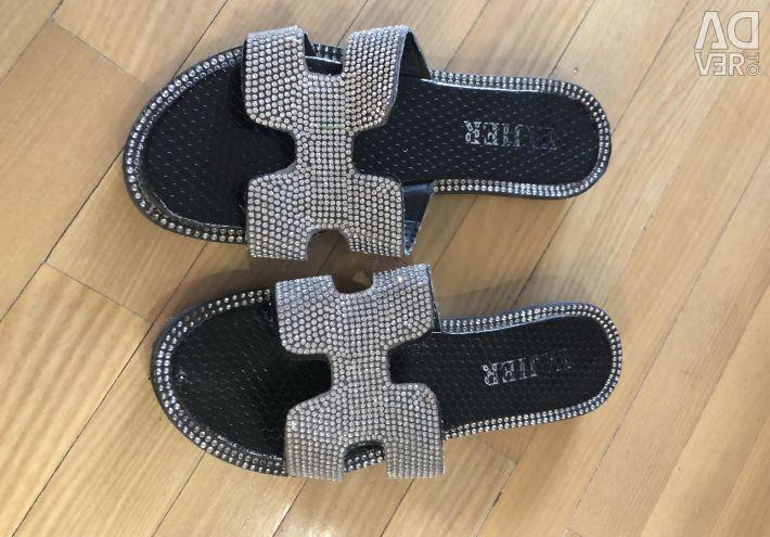 Flip flops with rhinestones