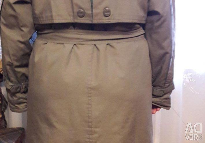 Light overcoat. Size 52.