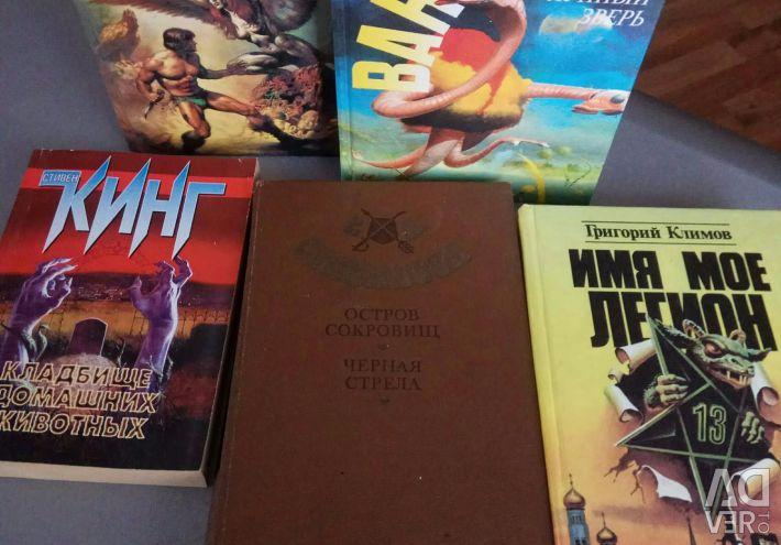 Kitaplar kurgu, dedektif