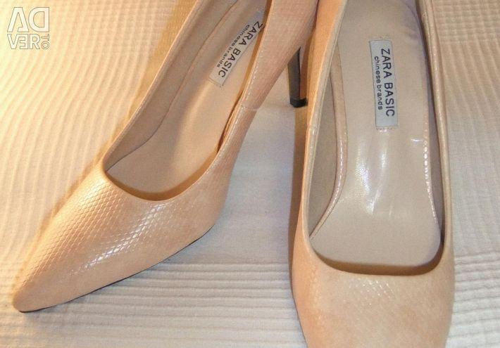 Shoes 23.5-24 cm