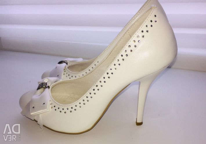 Wedding shoes r. 35