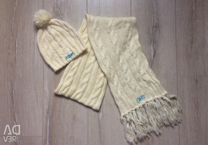 Set hat scarf