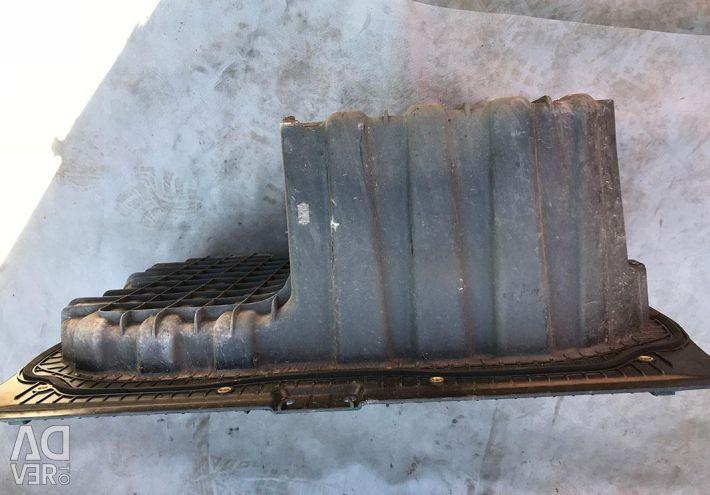 BMW E90 / E91 41147120020 bagajında muhafaza kabı