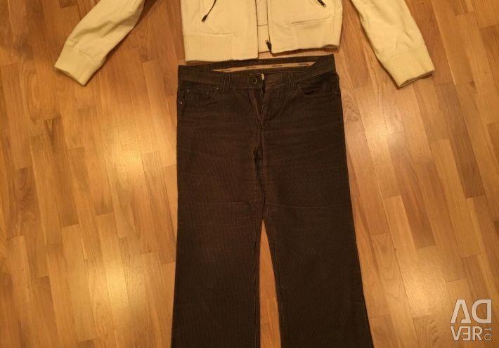 Corduroy și pantaloni de dimensiunea M
