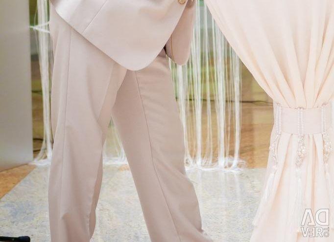 Costum de nuntă pentru bărbați