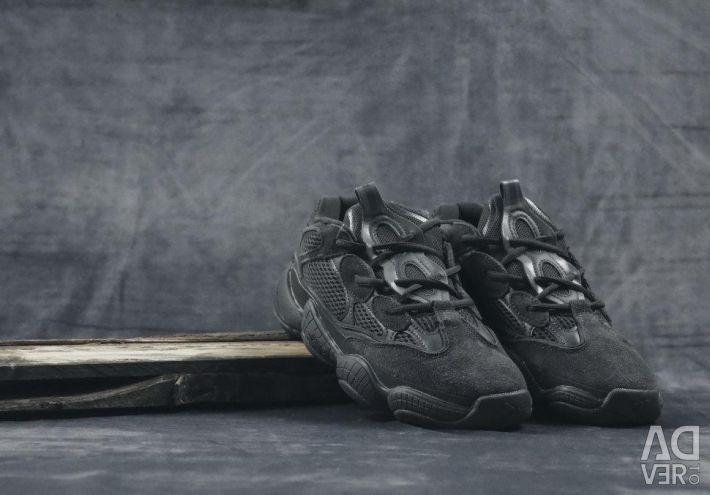 Ανδρικά παπούτσια Adidas Yeezy Boost 500 μαύρο