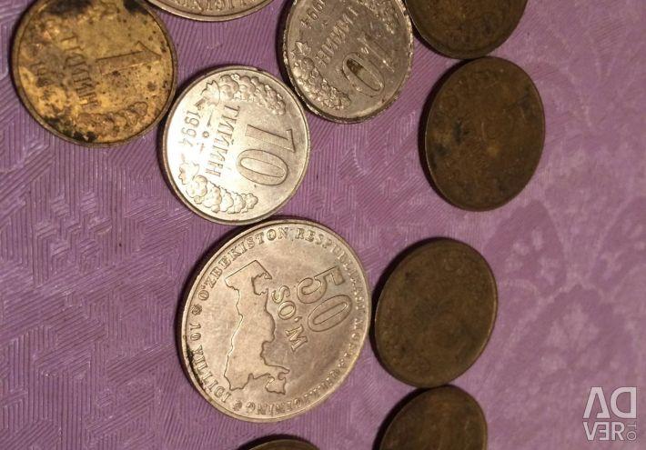 Νομίσματα της Δημοκρατίας του Ουζμπεκιστάν 1994 και 2001