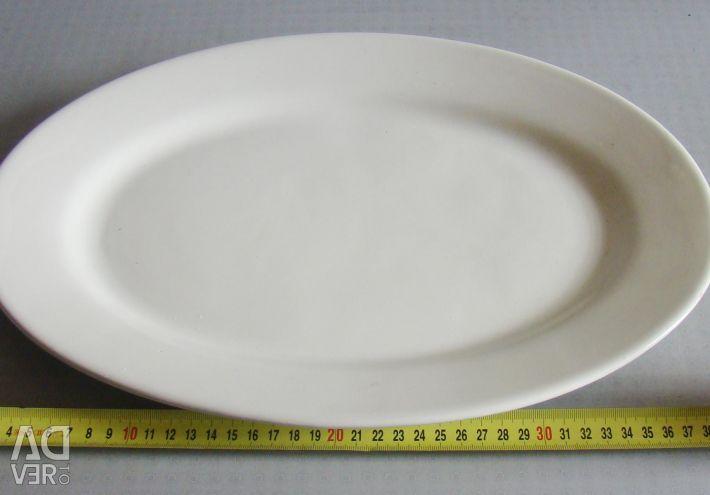 Oval dish made of ceramics