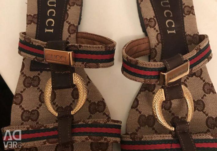 Gucci παντόφλες